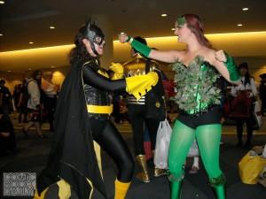 Batgirl vs Poison Ivy