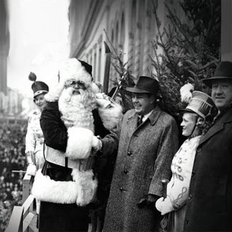 Montreal Christmas parade 1941