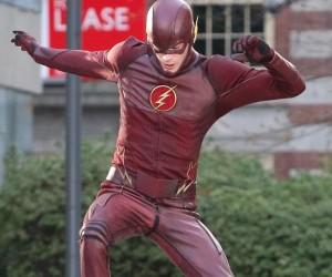 flash-set-costume2-d92d6