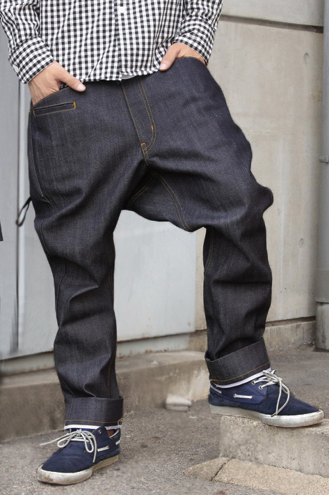 What jodhpurs appear to have mutated into in the hip hop culture today.