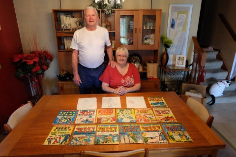 Dale and Marilyn with the  collection of Manny's comics and three original sketches.