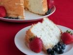 angel-food-cake-slice