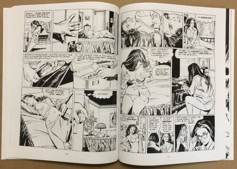Kelly Green The Complete Collection interior 6